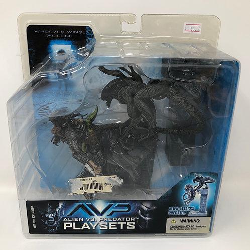 AVP Alien Attacks Predator playset 2005 Mcfarlane