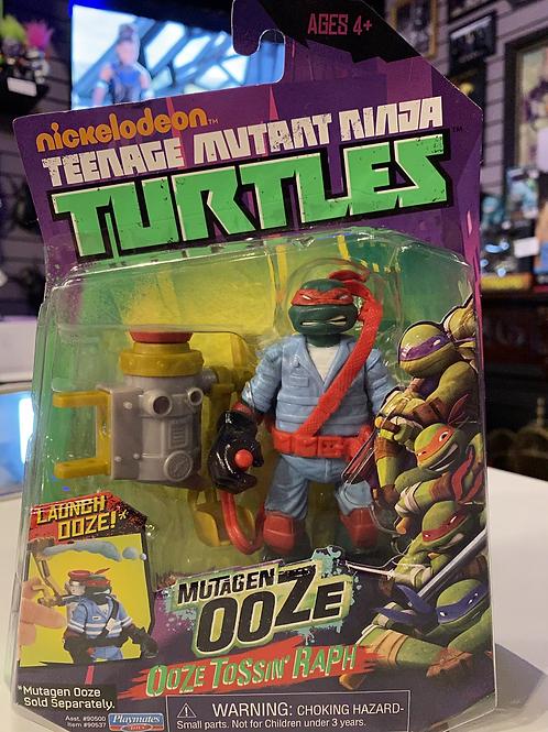 TMNT Teenage Mutant Ninja Turtles Mutagen Ooze Tossin'  Raph