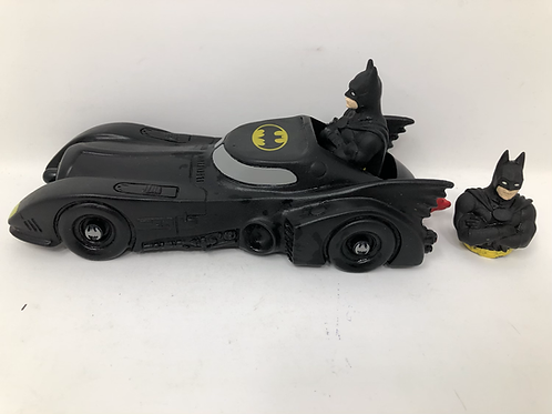 Batmobile 1991 Vinyl DC with 2 Batman