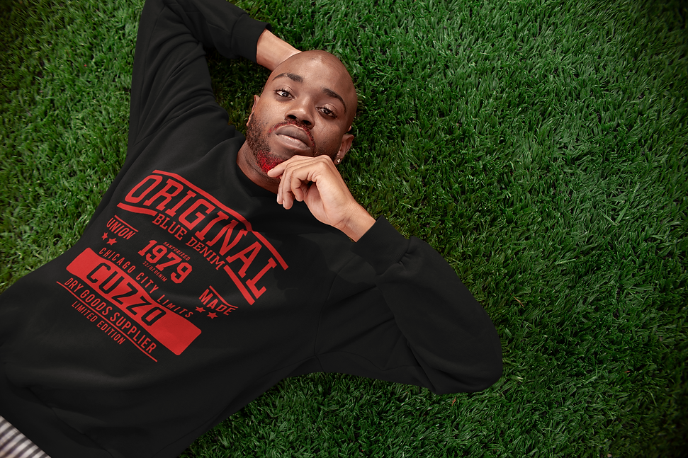 sweatshirt-mockup-of-a-man-lying-on-gras