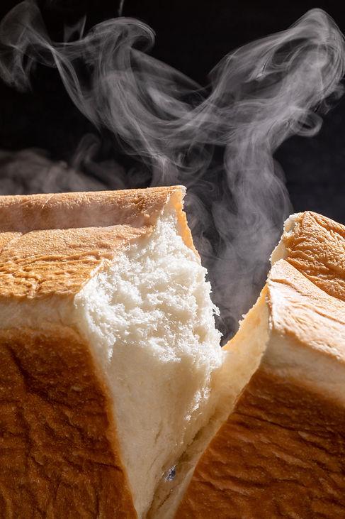 焼き立て食パン専門店 一本堂 千種仲田店メイン