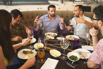 Amigos, comida e vinho / friends, food and wine