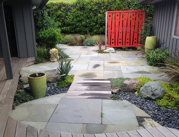courtyard modern