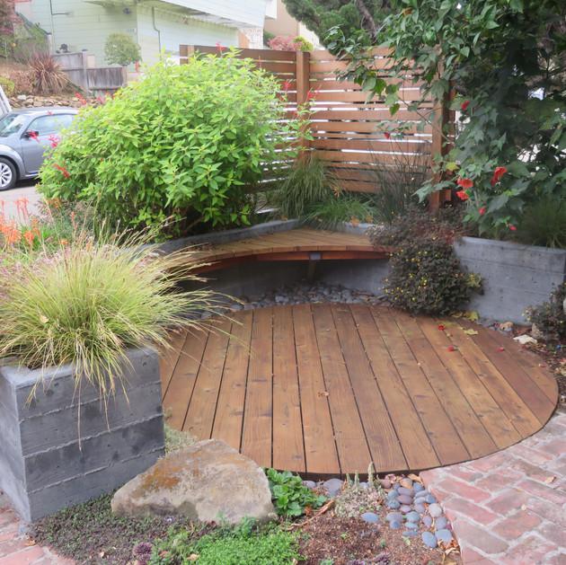 neighborly 'front porch' spot