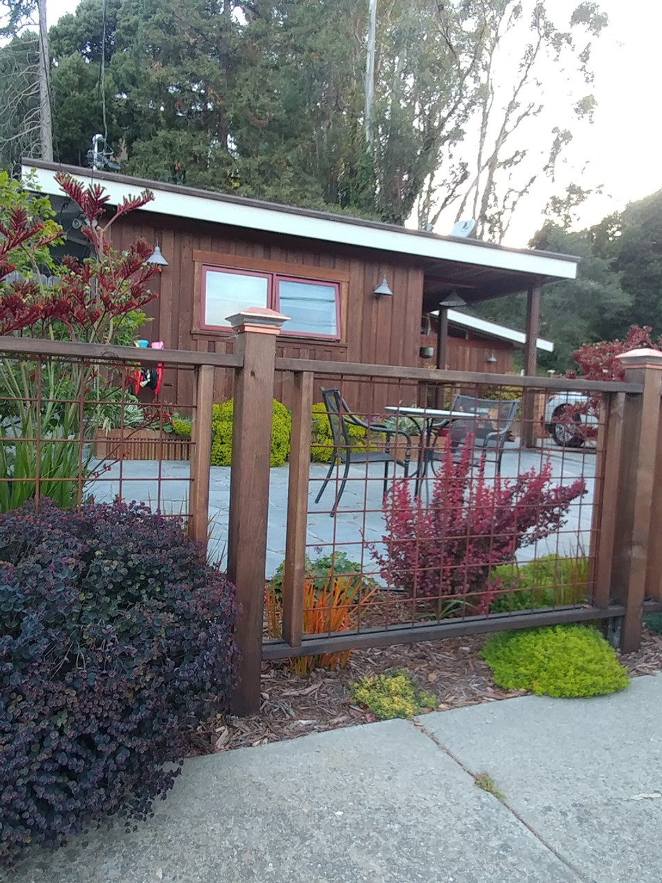 creative front yard living, pinole