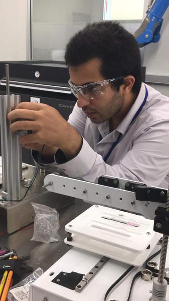 Mohammad Zoubai working on 3D Bioprinter
