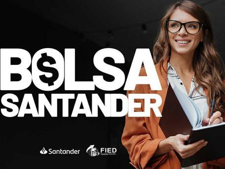 Programa Santander Graduação oferta bolsas em dinheiro para acadêmicos da FIED