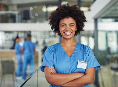 Enfermagem o que faz? Qual o salário? O que se estuda?