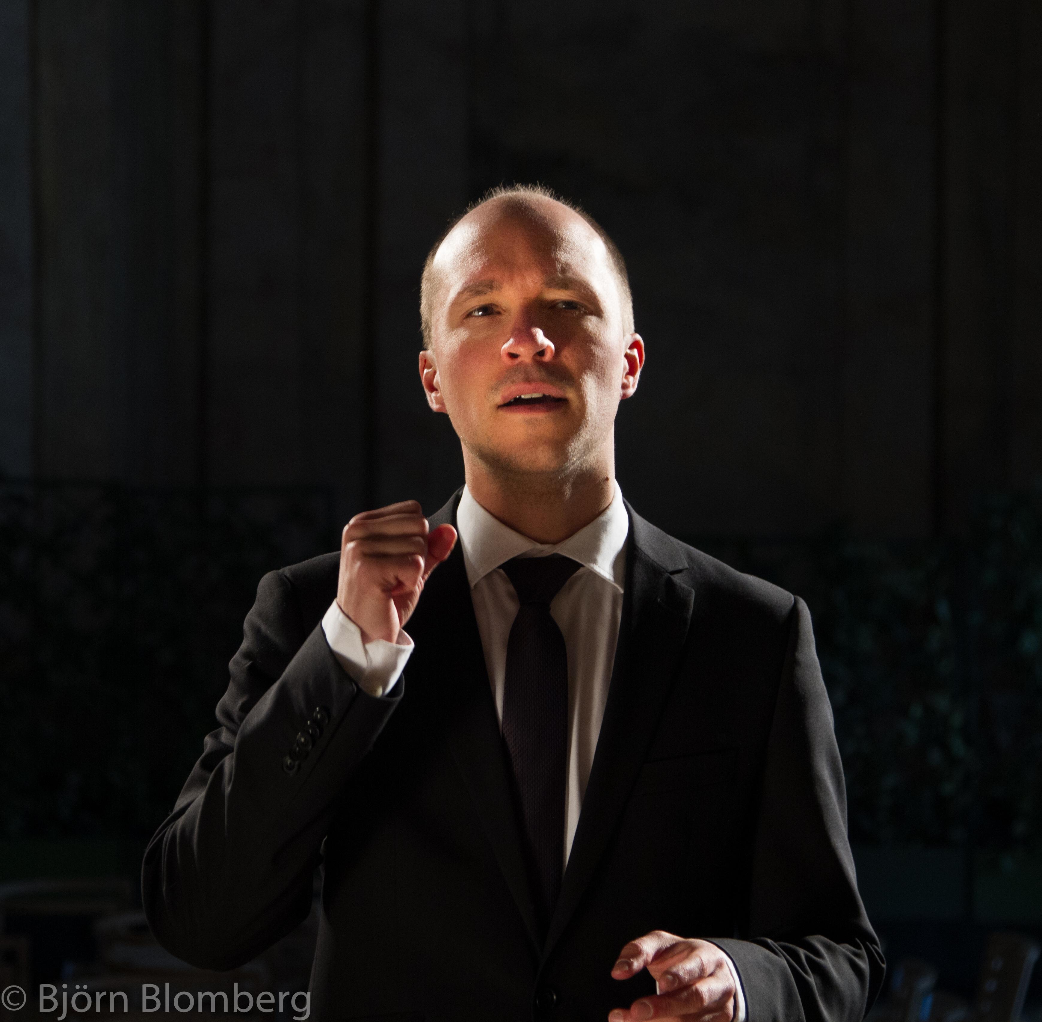 Florian Benfer reflekterande