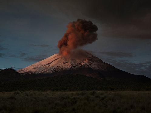 Amanecer en el Popocatépetl.