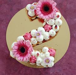 Number cake fleuri 2.jpeg