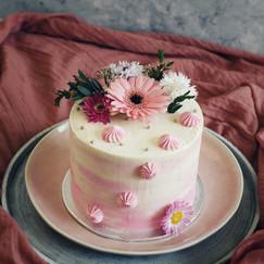 Layer cake rose pâle.jpeg
