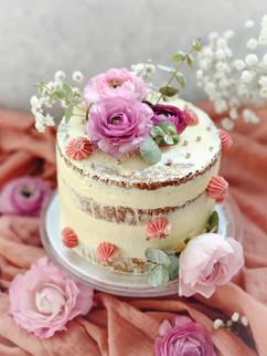 Naked cake fleuri.jpeg