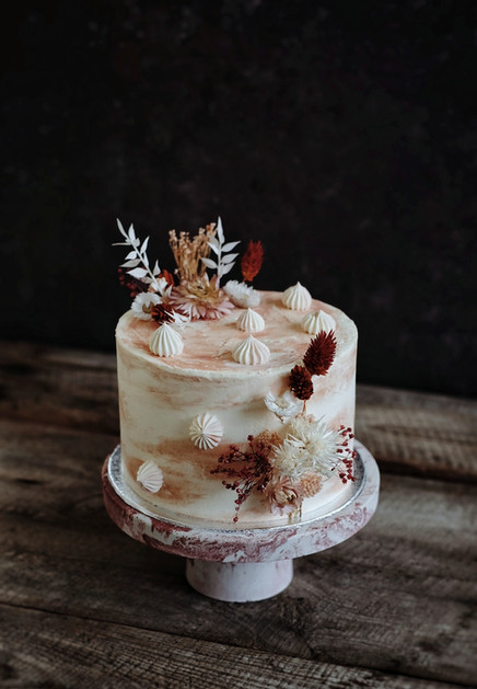 Terracotta cake fleurs séchées.jpeg