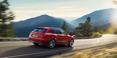 bentayga v8 dynamic driving on mountain