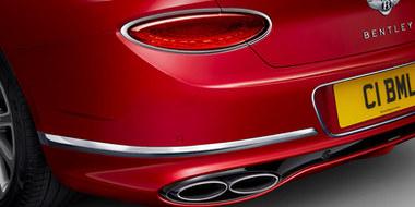 6-continental-gt-v8-rear-light-exhaust-1