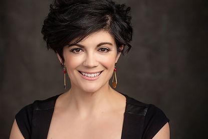 Vanessa Paesani Headshot.jpg