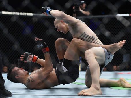 Josh Emmett's historic 1st round at UFC-Gdansk results in extremely rare 10-7 score