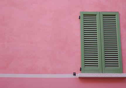 shutters-924979_1280.jpg