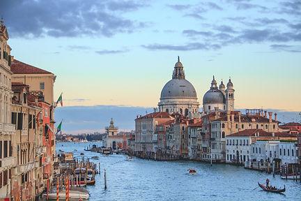 Venice-unsplash.jpg