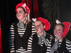The 3 Pigs - Lost In Wonderland 2012