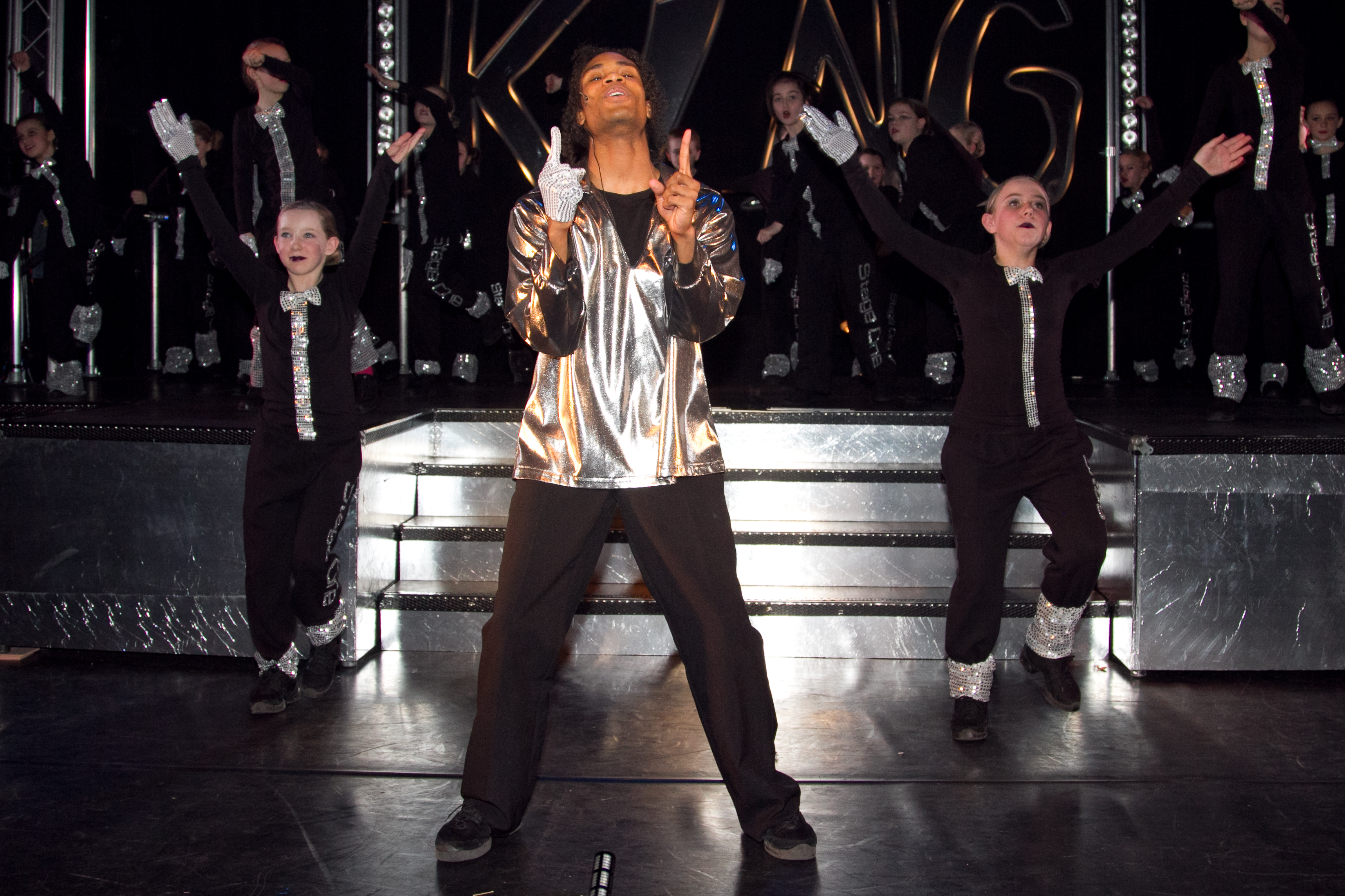 Jackson 5 - King Of Pop 2011