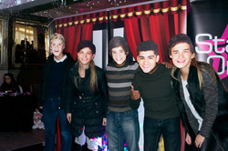 One Direction at the Pop Party