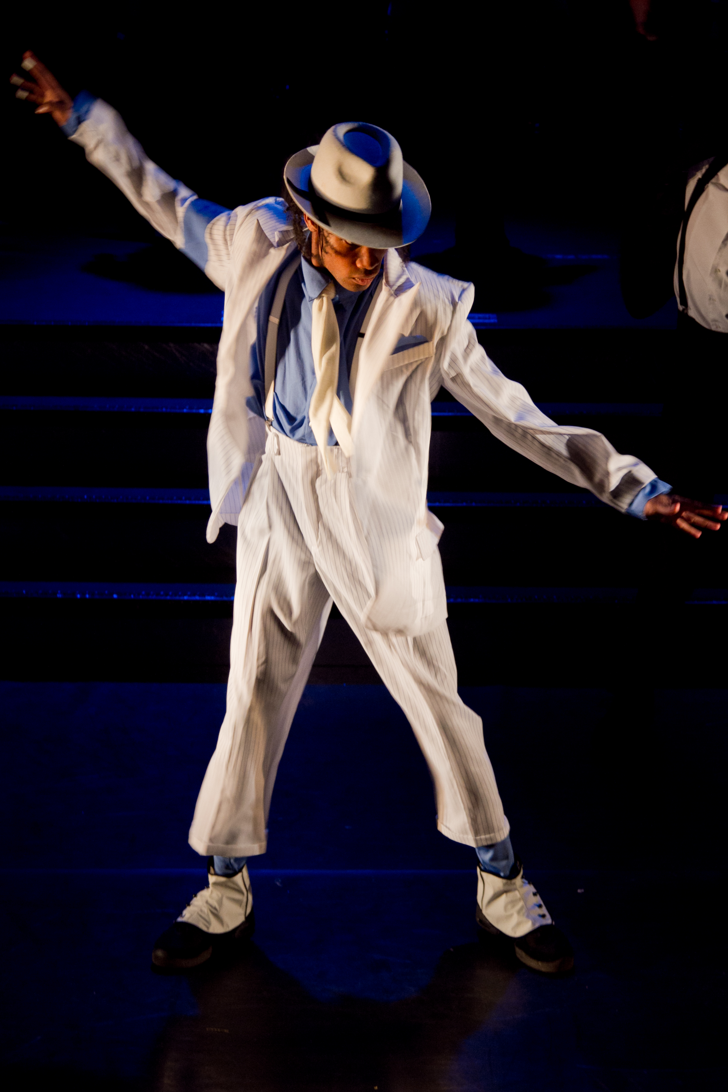 Smooth Criminal - King Of Pop 2011