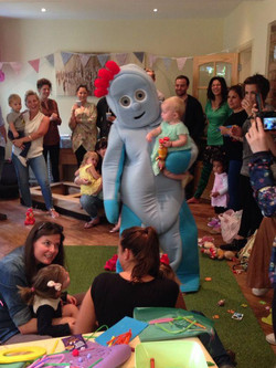 Iggle Piggle visits the party