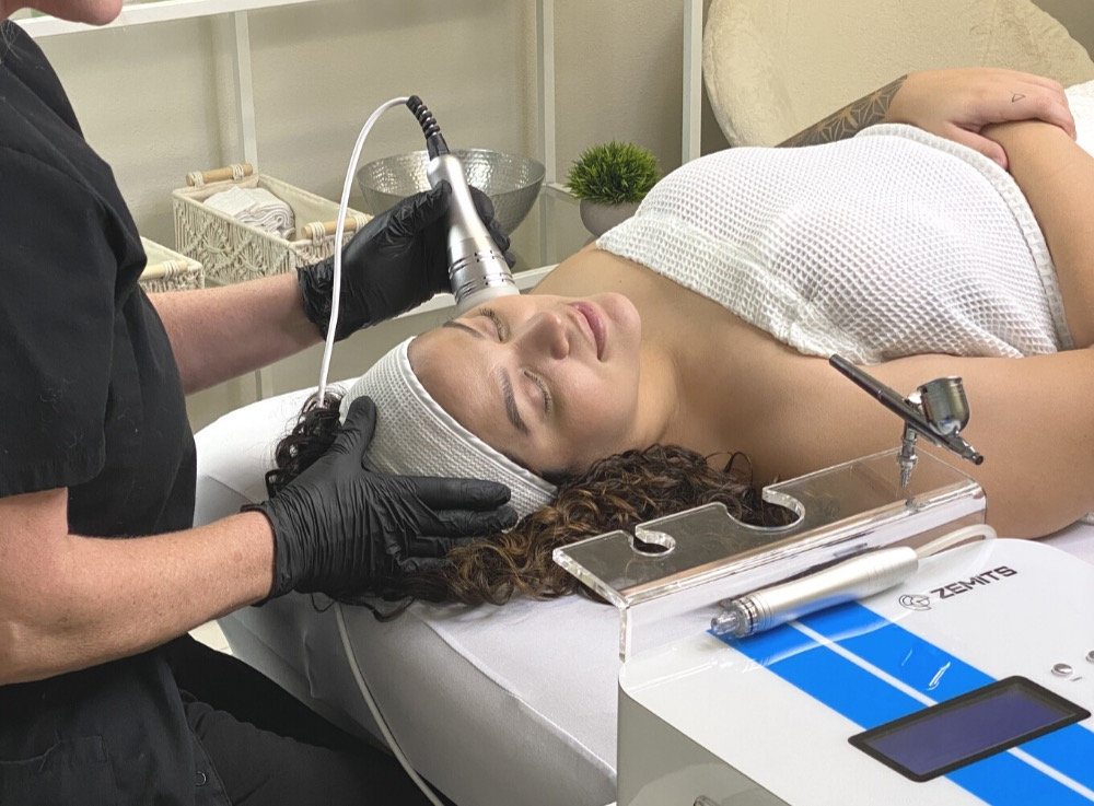 HydraFacial + Oxygen Cryo Therapy
