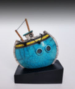 raku boat ceramics clay