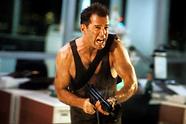 die-hard-6-john-mcclane-machine-gun-bruc