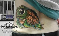 Royal_Skin_Tattoo_by_Jim_Clark_Schildkröte_kopieren
