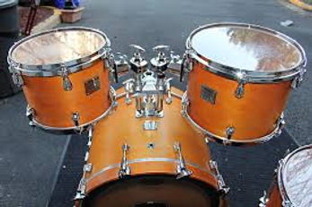 Yamaha Maple Custom in Nouveau.jpg