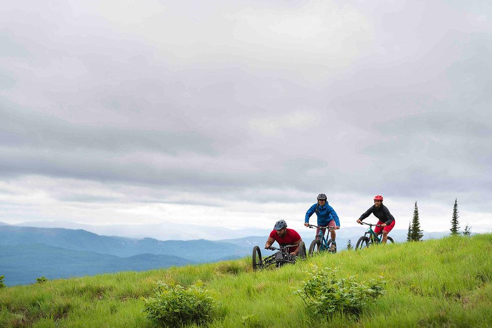 adaptive mountain bikers