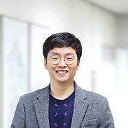 김도헌 프로필2.jpg