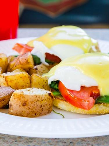 Beach Cafe LV Cali Benedict