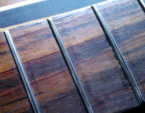 Properly Crowned Guitar Frets | GMC Luthier Tools