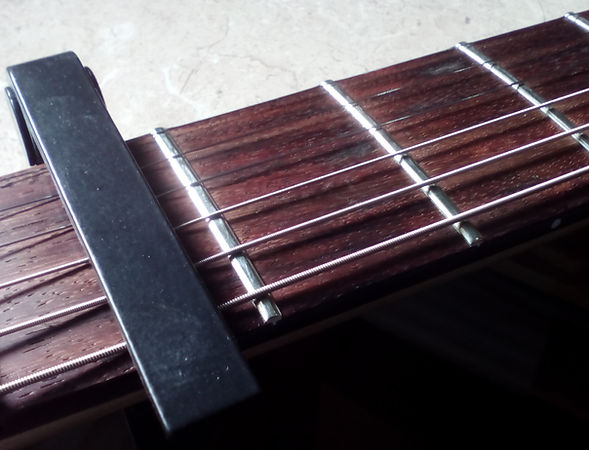How To Set The Neck Relief on Your Guitar | GMC Luthier Tools