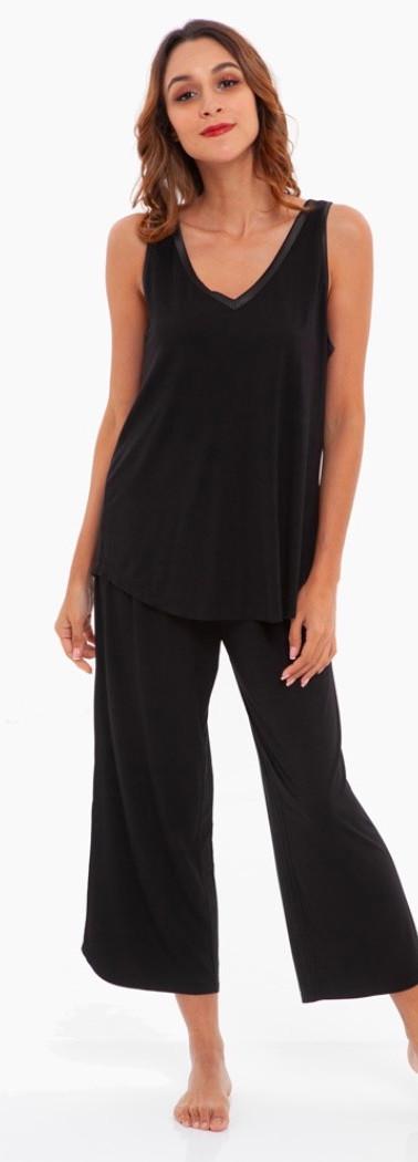 Black Bamboo Capri Sleepwear Set
