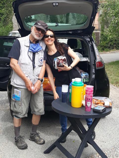 Petit déjeuner proposé par les organisateurs avant de commencer la randonnée