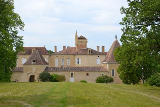 Château de Miramont dans le Gers où nous y avons rencontré l'un des descendants des mousquetaires