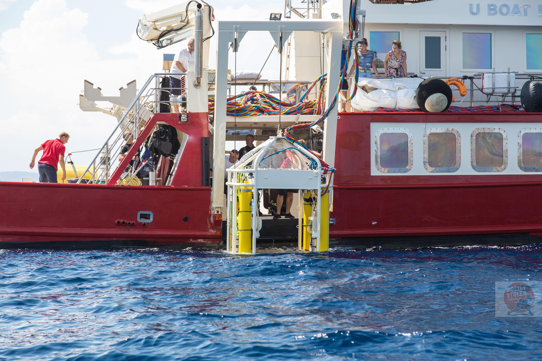 U-Boat Navigator starboard side