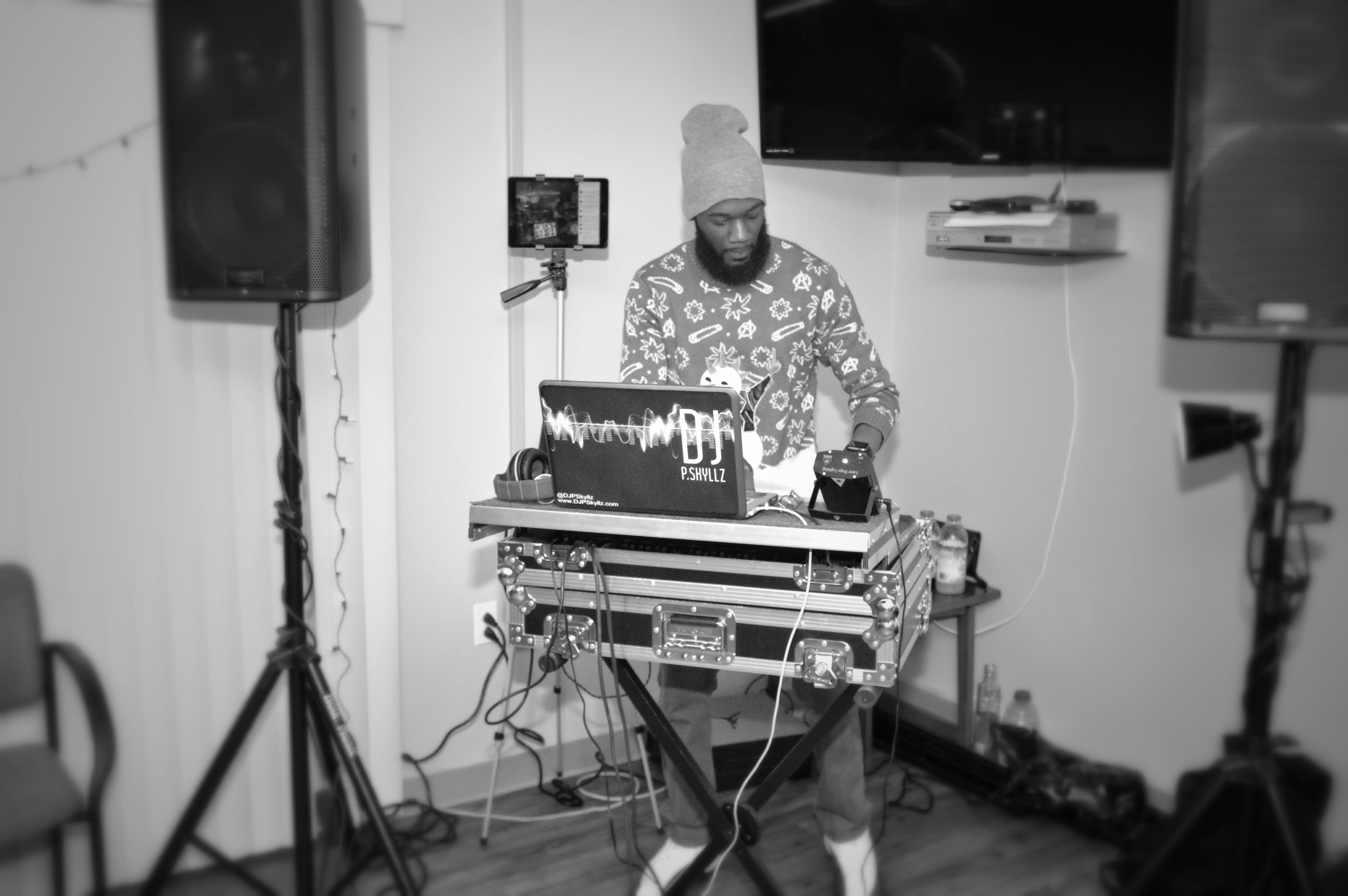 DJ P. Skyllz 70