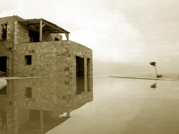 Pyrgos ikaria pool
