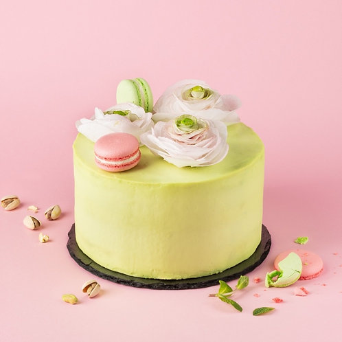 Фисташковый торт с клюквой