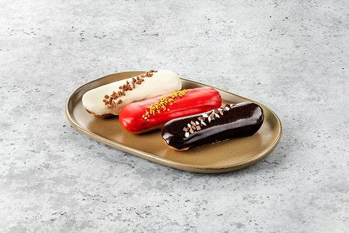 Эклер ванильный, шоколадный, малиновый
