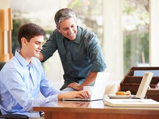 Comprar imóvel para o filho: o que é importante considerar?
