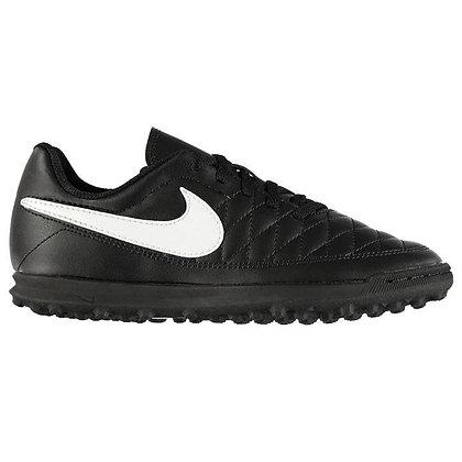 נעלי קט רגל נייק בצבע שחור קלאסי - giantballs.co.il