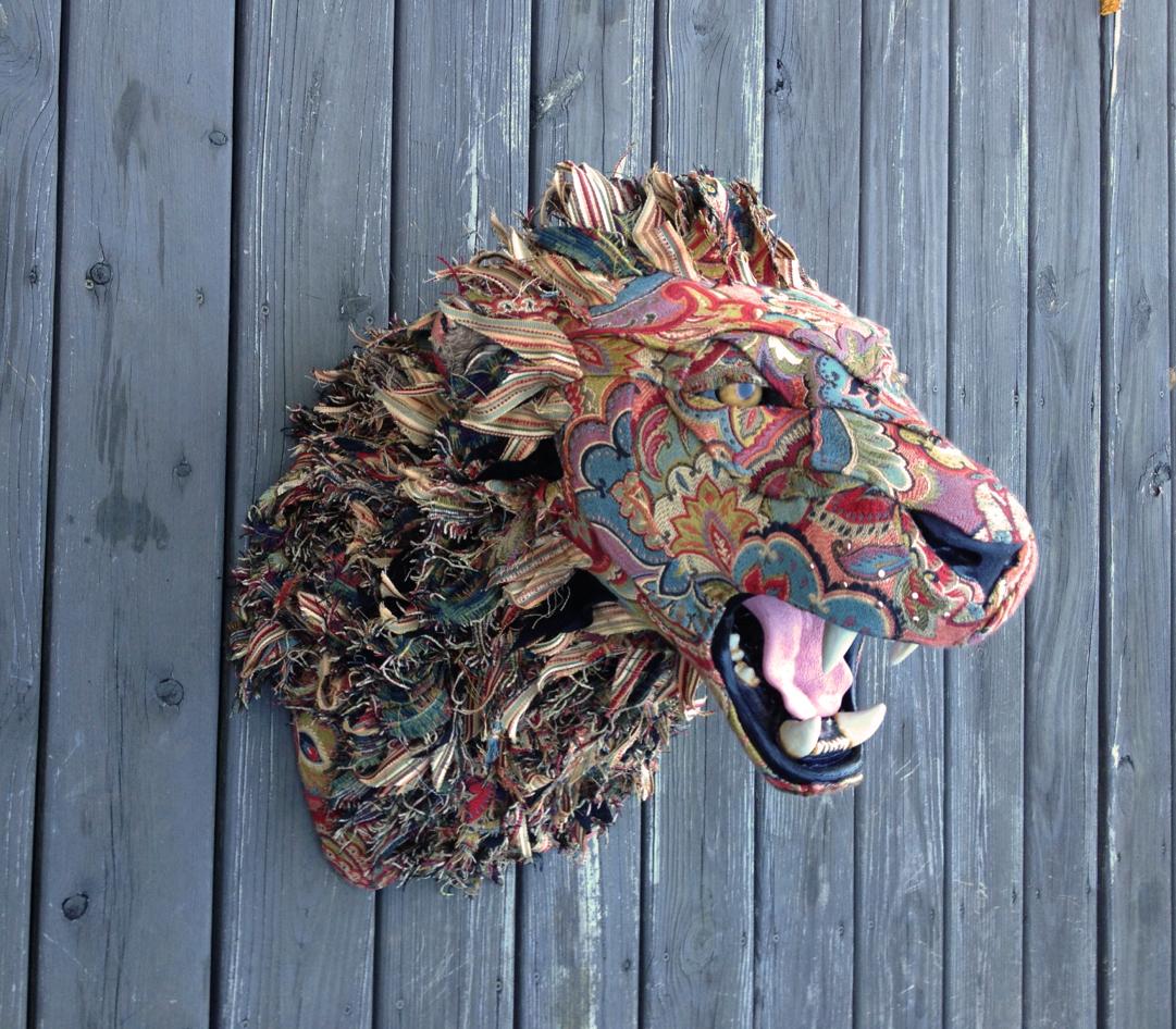 Lion4b